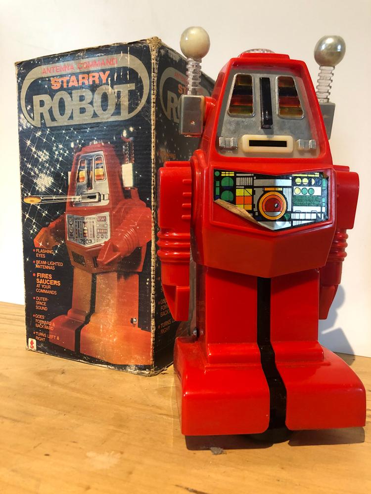 EXCLU-ROB-002 - Robot Starry 01