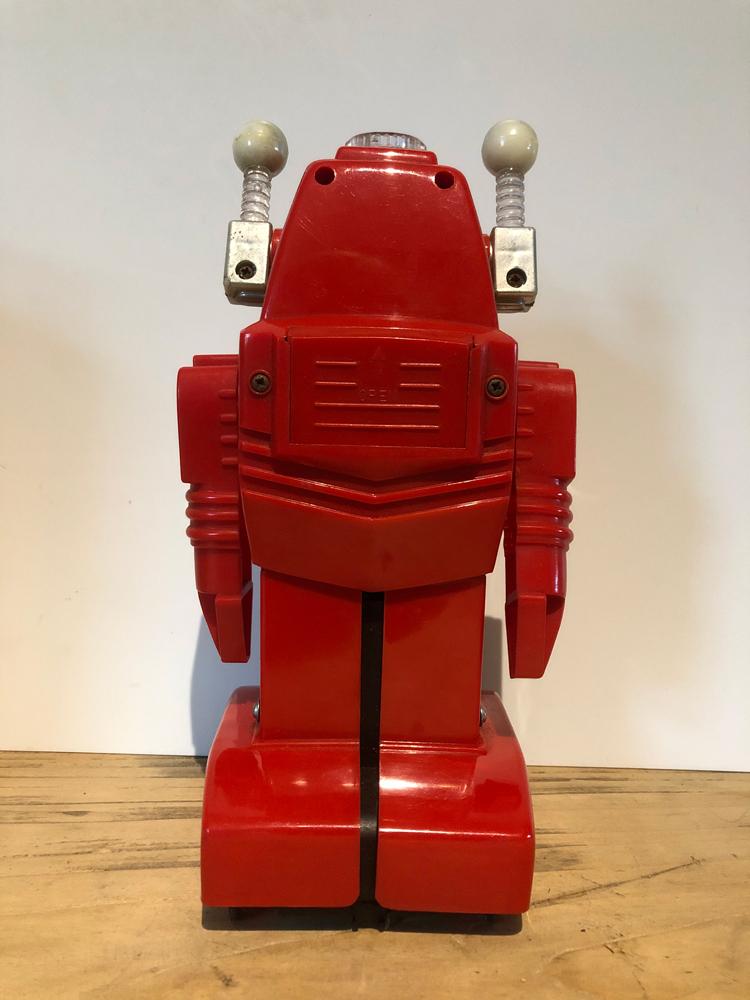 EXCLU-ROB-002 - Robot Starry 03